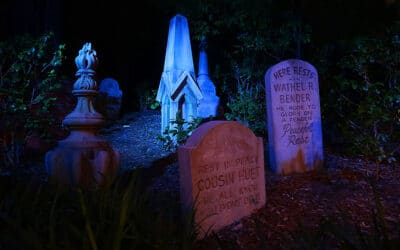 A Tour of the Haunted Mansion Graveyard