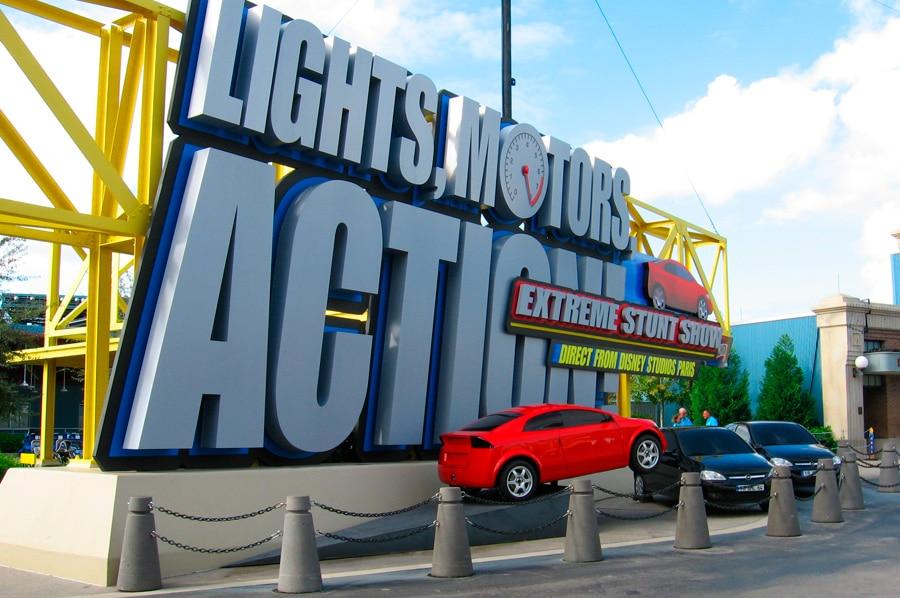 Lights, Motors, Action!: Extreme Stunt Show